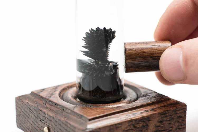Nano Tree Magnet