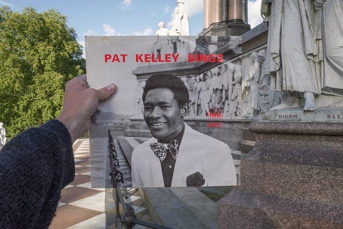 Pat Kelly Sings