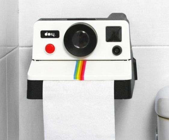 Polaroid Camera Toilet Paper Holder - BuzzFeed